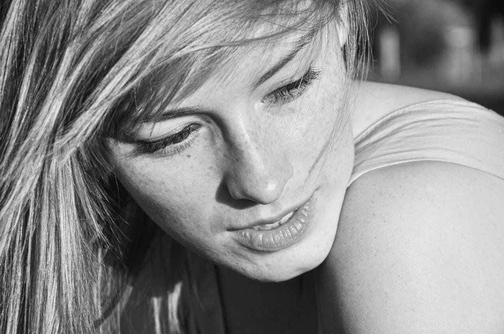 black and white portrait czarno biały portret lacunna anna marcinkiewicz